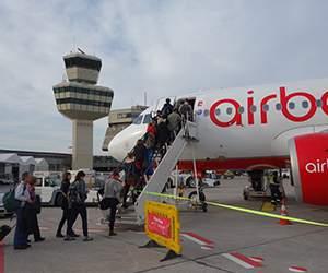 Reise mit Flug-Urlaub-Reisen